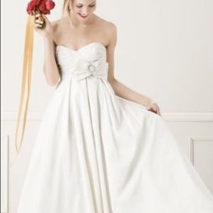 David's Bridal Wedding Gown
